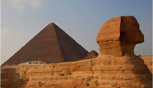 The_Great_Pyramids_at_Giza_3.jpg