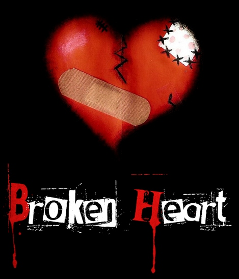 Broken_Heart_by_Emindeath-1